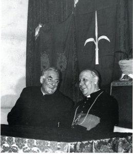 Padre Damiani con il Vescovo mons. Santin a Trieste il 16 aprile 1972