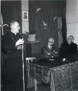 Padre Damiani con il Vescovo mons. Santin e il Sindaco ing. Gianni Bartoli a Trieste il 16 aprile 1972