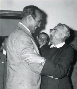 Tra gli sportivi in visita al Zandonai Primo Carnera saluta il Padre 12 settembre 1958